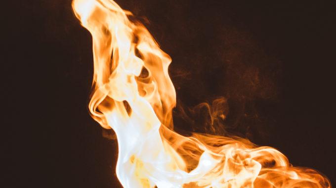 Feuerspektakel Flammentanz Feuershow Feuerperformance